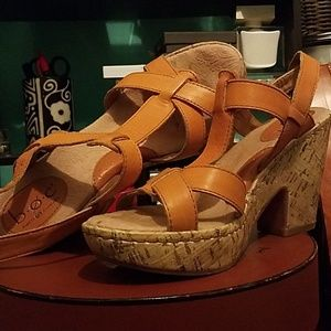 Boc platform sandals  Beautiful Tangerine color